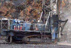 hole blast mining